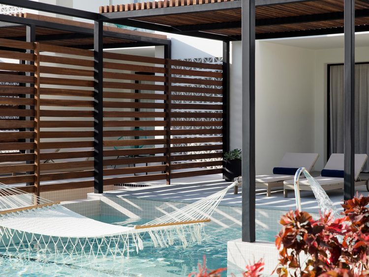 Swim-up Suite con Acceso Directo a la Piscina