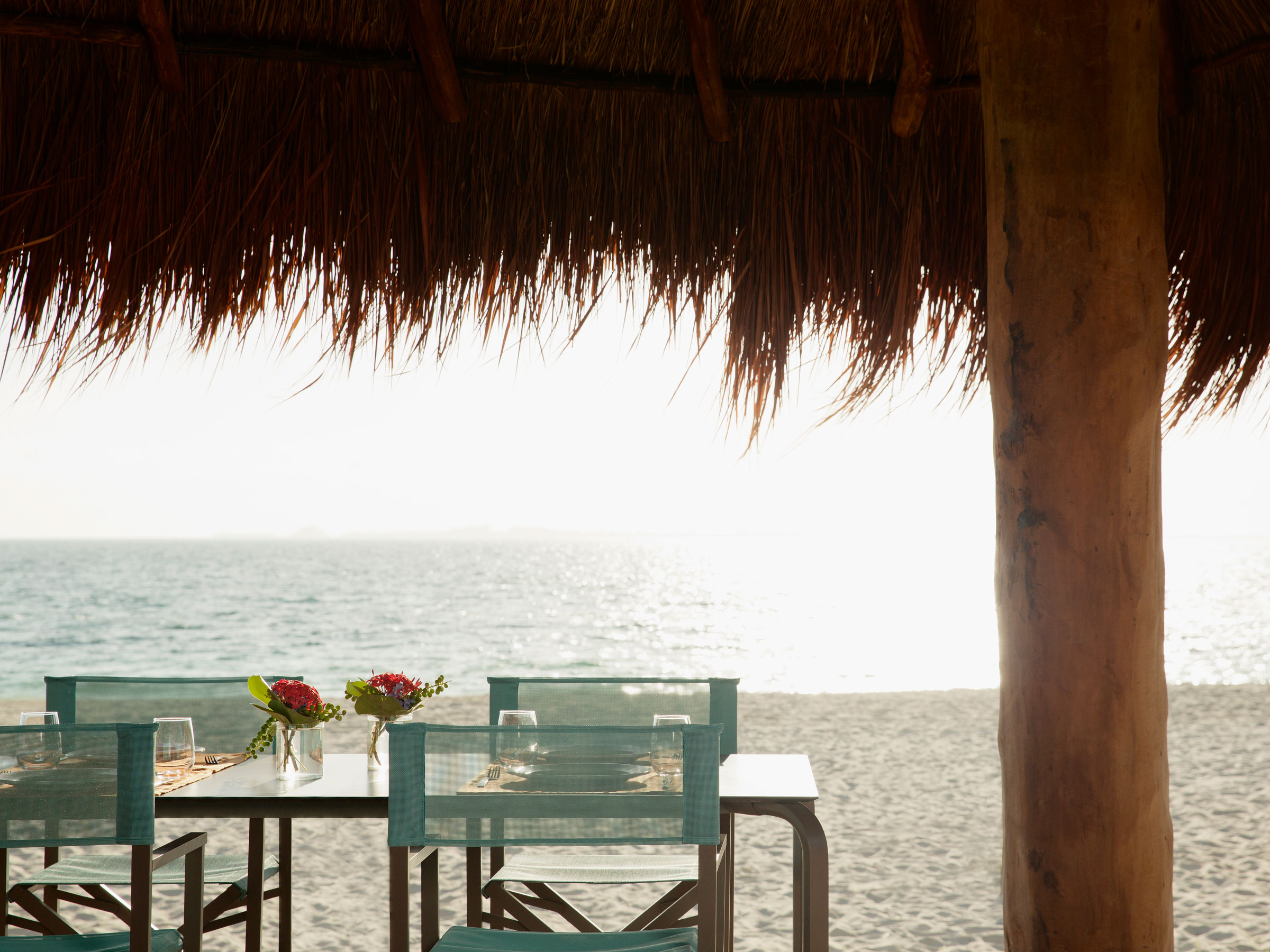 Outdoor Cancun Restaurants on the Beach